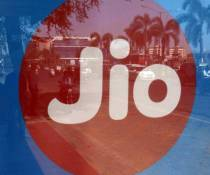 Jio adds 44.9 lakh mobile users in June as Vi, Airtel lose over 59 lakh