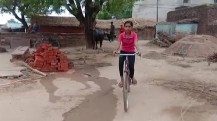 indianexpress.com - PTI - MP Board 10th result 2020: 15-year-old girl pedals her way to academic excellence