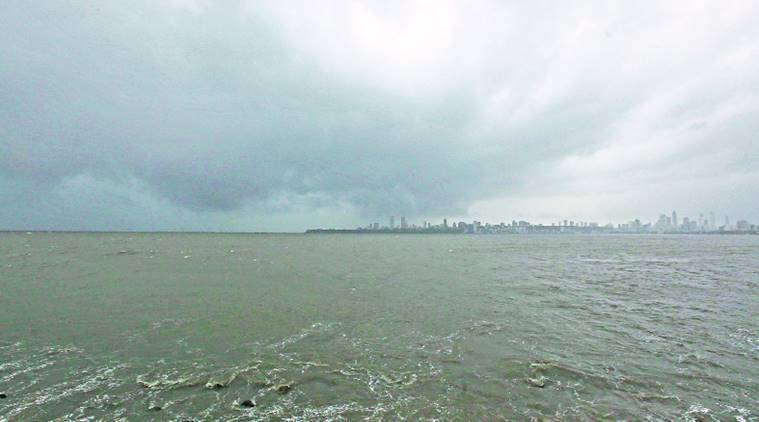 Mumbai rain, light showers, heavy rain, Mumbai news, Maharashtra news, indian express news