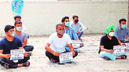 NSUI, Students Protest, Hunger Strike, Chandigarh Congress Bhawan