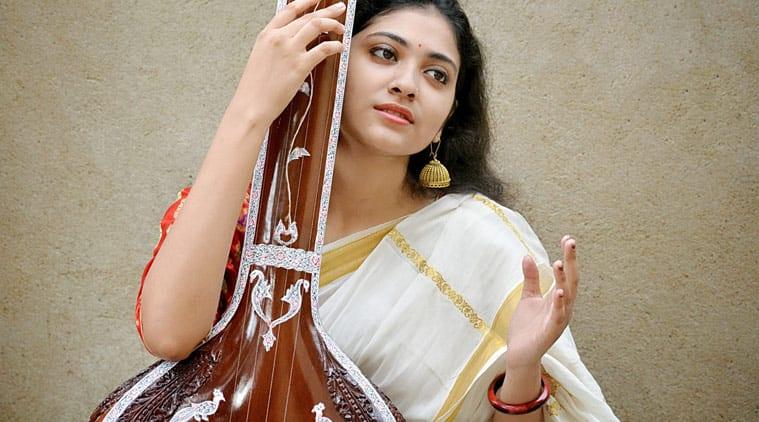 Samadipta Mukherjee, mozart symphony, lata mangeshkar twitter, Samadipta Mukherjee twitter