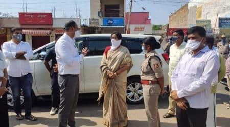 Karnataka MP Sumalatha, Sumalatha Ambareesh coronavirus, Sumalatha recovers, Karnataka news, Karnataka coronavirus cases, Karnataka plasma donation, Indian express