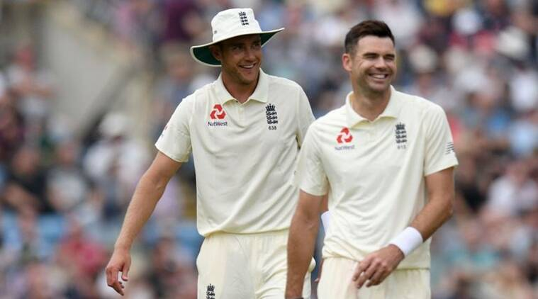 England claim early Pakistan Test scalps