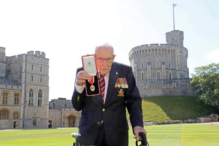captain tom moore, Sir Thomas Moore, Sir Thomas Moore knighthood, queen elizabeth II, wwII veteran NHS fund raiser, covid 19 NHS fund war veteran, good news, indian express