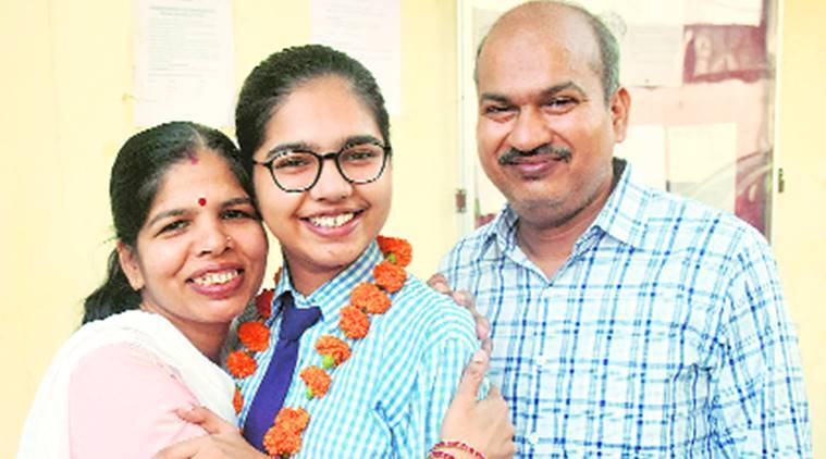 CBSE Class XII Results, CBSE board exam topper, Lucknow girl, UP news, Indian express news