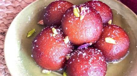 dessert recipes, desserts for Raksha Bandhan, how to make gulab jamuns at home, raksha bandhan preparation, indian express, indian express news