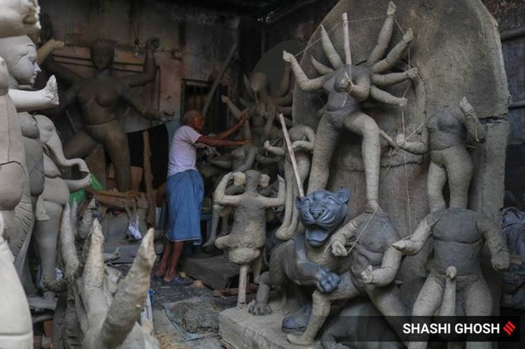 Kumartuli, pottery, Kumartuli idols, Kumartuli durga puja, Gi tag