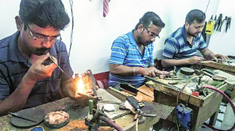 Rise in Covid cases Rajkot jewellery showrooms to remain shut for a week