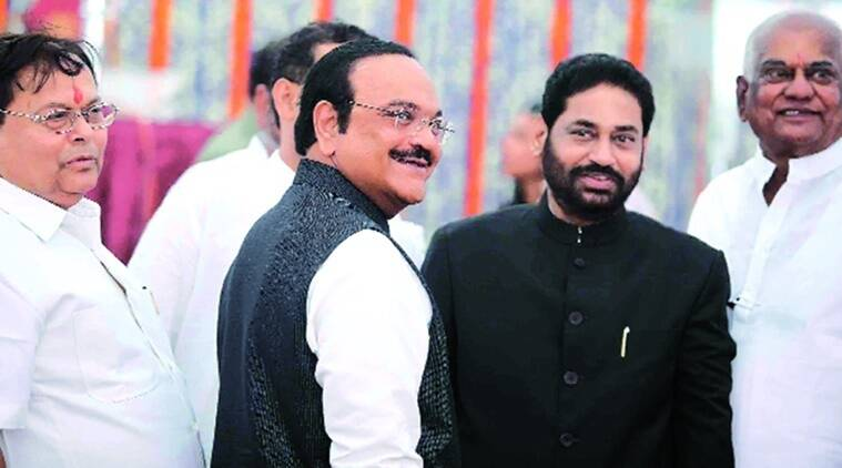 nitin raut, Maharashtra state Energy Minister, Ajit Pawar, maharashtra solar plants, maharashtra solar power projects, indian express news