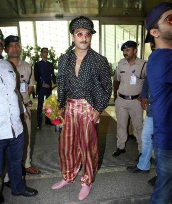 ranveer singh, ranveer singh instagram, ranveer singh fashion choices, ranveer singh photos, indian express, indian expres news