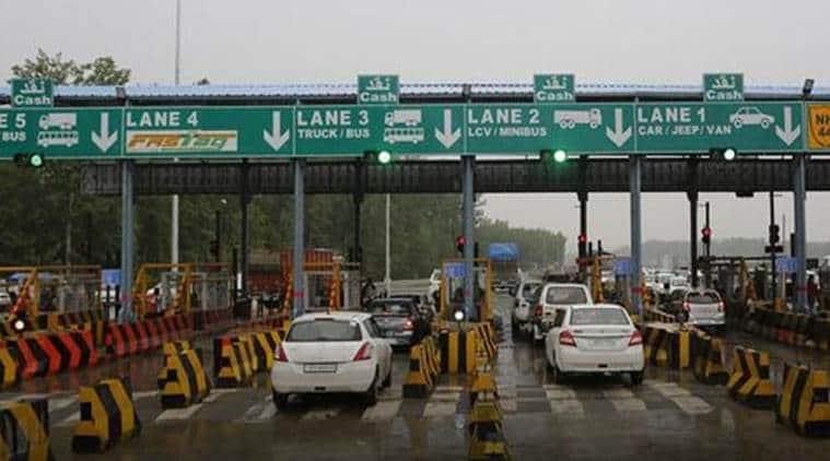 Lakhanpur toll plaza demolished, Kathua toll plaza, Mob demolishes toll plaza, Toll plaza staff arrested, Jammu and kashmir Police, Indian express