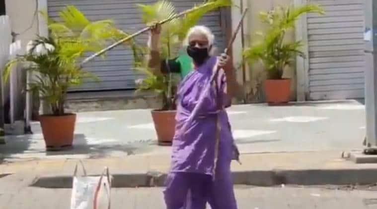 Pune warrior aaji, une stick fighter viral video, Pune shantabai pawar stickfighter, anil deshmukh, pune news, indian express