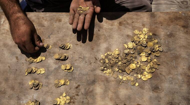 Israeli, Gold coins, Gold treasure, 1100-year-old treasure, Israel Antiquities Authority, Trending news, Indian Express news.