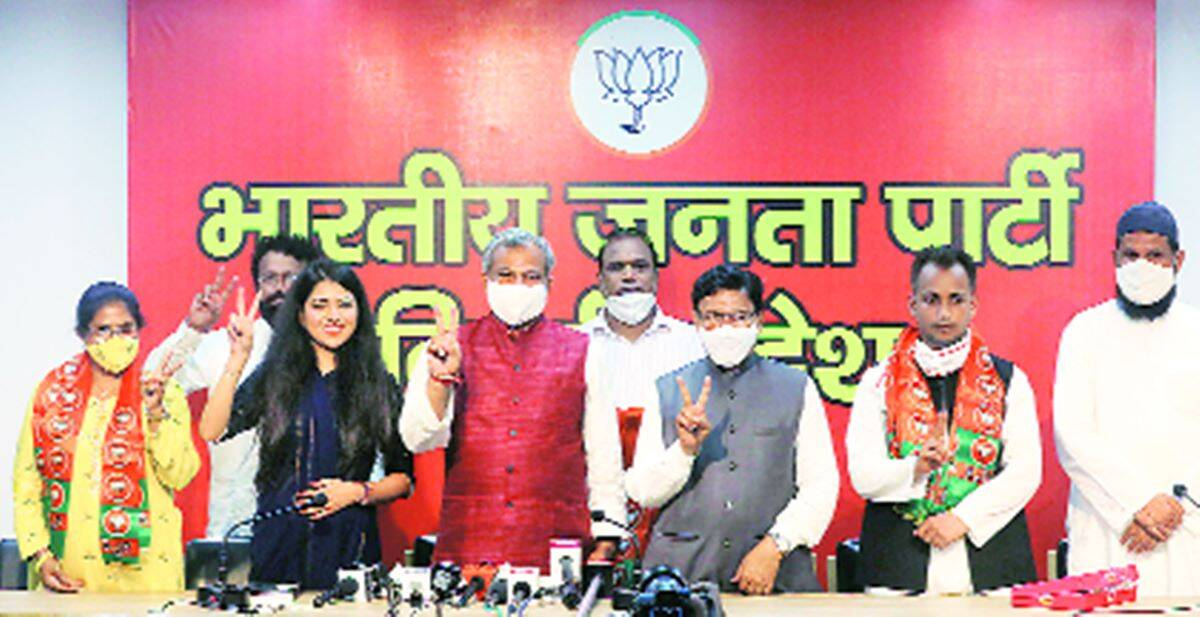 Shaheen Bagh, Shaheen Bagh protesters join BJP, Shaheen Bagh protesters BJP, Delhi news, city news, Indian Express