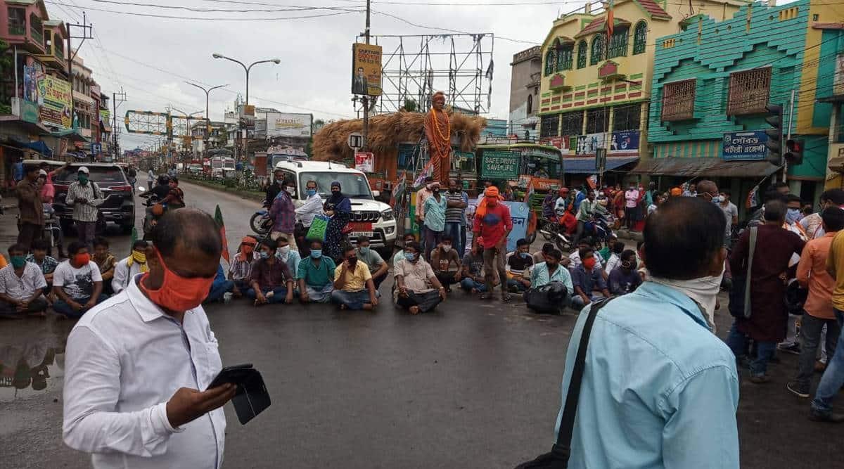 west bengal, west bengal news, Hooghly violence, Khanakul violence, wb bjp protest, bjp tmc clash, bjp worker killed, independence day flag hoisting, independence day flag hoisting issue, independence day flag hoisting west bengal, hooghly bjp protest, khanakul west bengal, khanakul west bengal protest