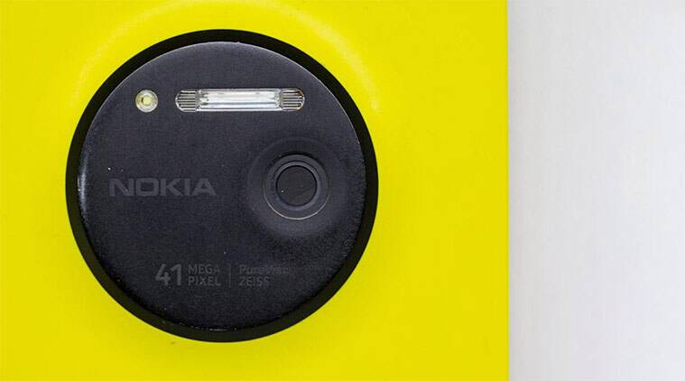 world photography day, iconic camera phones, iPhone, Nokia lumia 1020, Pixel, nokia n95, HTC One, best camera phones ever made