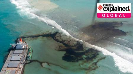 Mauritius oil spill, Mauritius oil spill cause, Mauritius oil spill clean up, Mauritius news, Mauritius national emergency, Indian Express