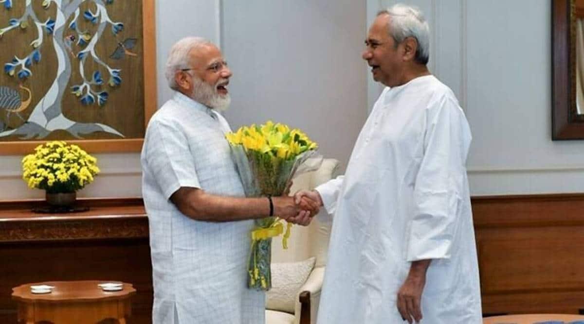 Naveen Patnaik speaks to PM Modi, prime mInister Narendra Modi, NEET, JEE, Odisha CM PM Modi talk, Indian express