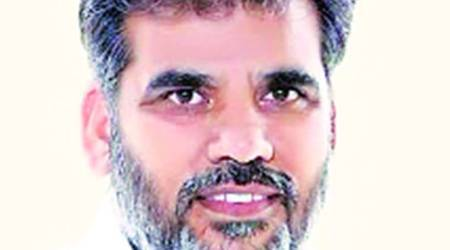 SAD MLA says Congress leader patronising illegal liquor sale; latter says ready for inquiry