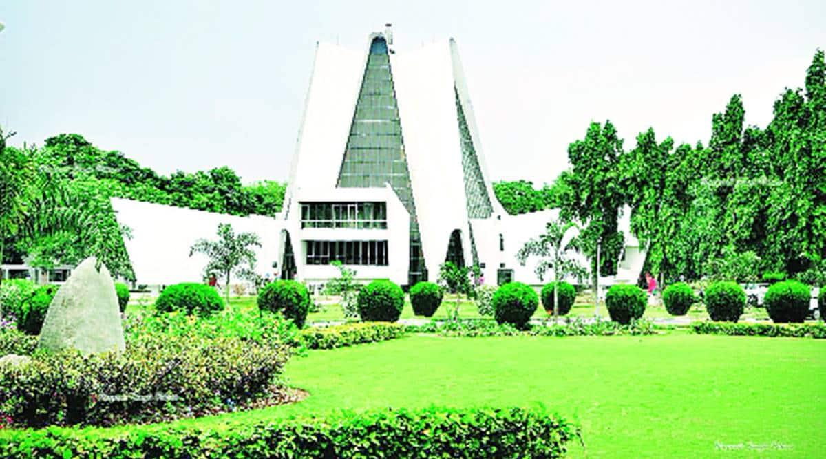 Amarinder Singh, Patiala university, staff basic salaries, Punjab news, Indian express news