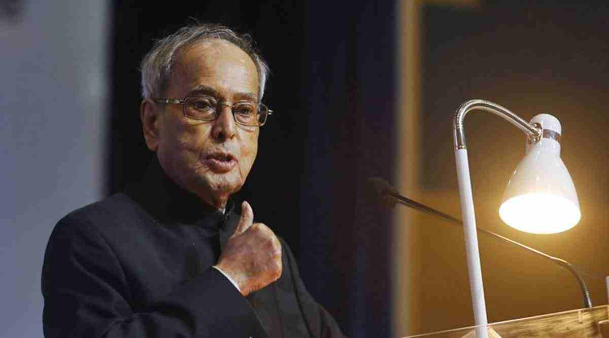 Pranab Mukherjee, Pranab Mukherjee health, Pranab Mukherjee health condition, Pranab Mukherjee health update, Pranab Mukherjee covid, Pranab Mukherjee on ventilator, India news, Indian Express