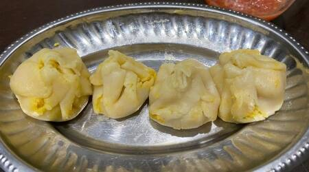 paneer momos, diabetic friendly momos, diabetic friendly recipes, indianexpress.com, gluten free recipes, momo recipes, easy momos, momos without maida, indianexpress,
