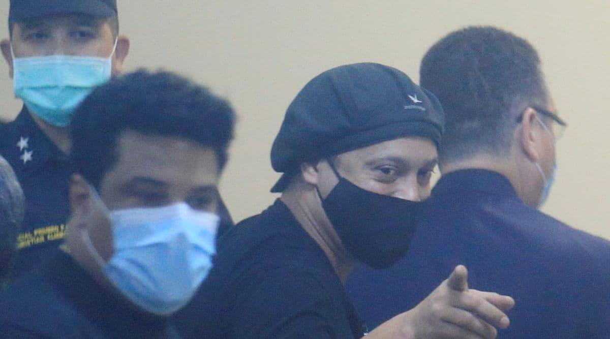 Ronaldinho Gaucho, Ronaldinho released from jail