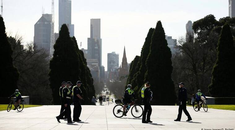 Australia: Melbourne enters extreme new lockdown and curfew