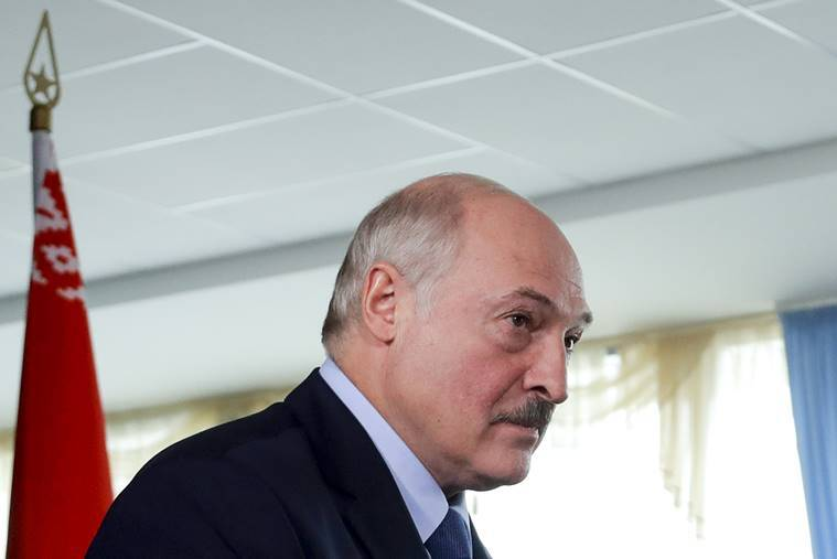 Protester dies in clashes after disputed Belarus vote
