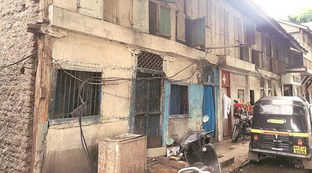 Vacant building collpsed, seven people rescued, Mumbai news, Maharshtra news, Indian epxress news