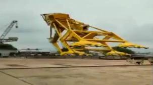 Visakhapatnam, Visakhapatnam crane collapse, Hindustan Shipyard limited, Hindustan Shipyard limited crane collapse, Hyderabad, Hyderabad news, Indian Express
