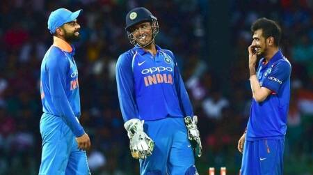 ms dhoni, ms dhoni stump mic, dhoni stump mic funny, real voice of dhoni, mahendra singh dhoni, latest cricket news