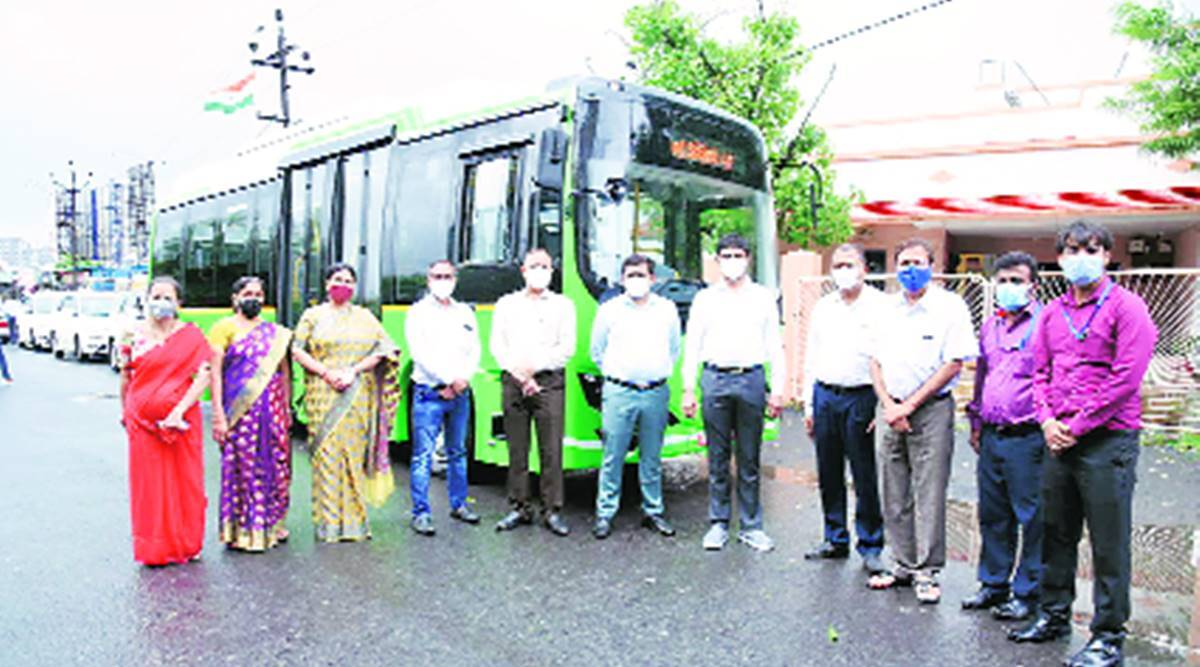 electric bus trail run, surat bus service, Surat news, Gujarat news, Indian express news