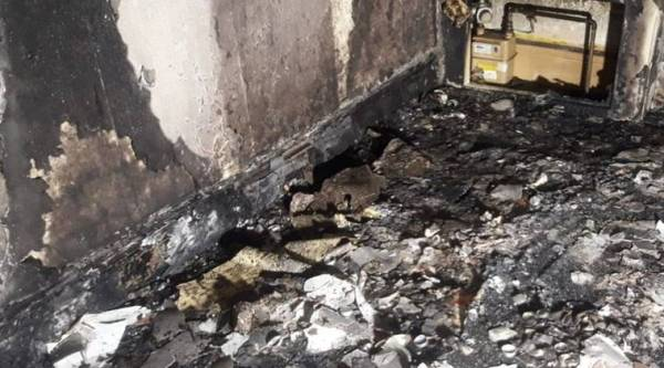 man burns house down marriage proposal viral, South Yorkshire Fire, twitter, viral, trending, indian express, indian express news