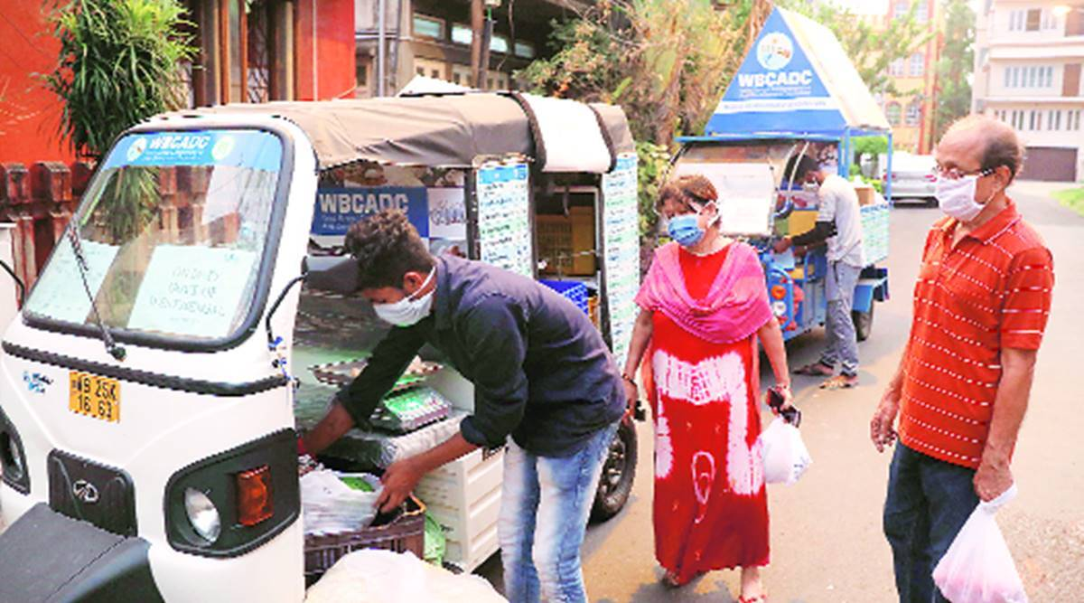 cooked food, begal govt scheme, senior citizens, Kolkata news, Bengal news, Indian express news