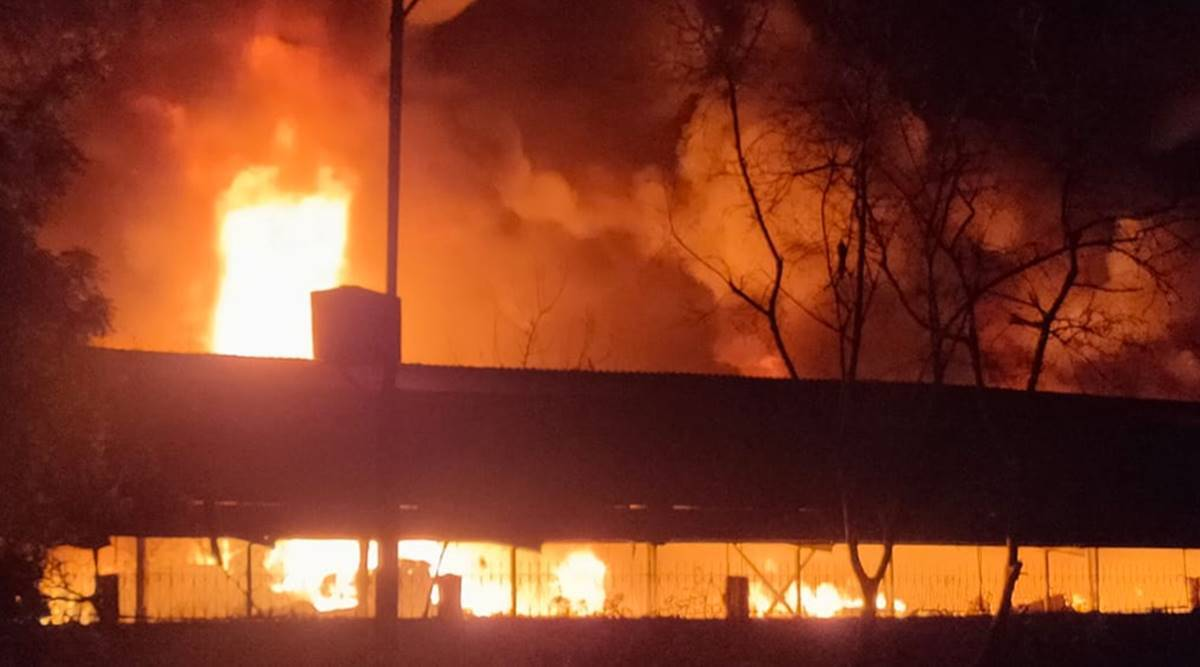 Kandla Special Economic Zone fire, kandla SEZ fire, kandla SEZ fire continues, Kandla Special Economic Zone godown fire, kutch fire, Gandhidham fire, gujarat news