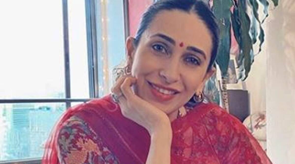karisma kapoor, karisma kapoor ganpati celebrations, karisma kapoor recent photos, karisma kapoor instagram, indian express, indian express news