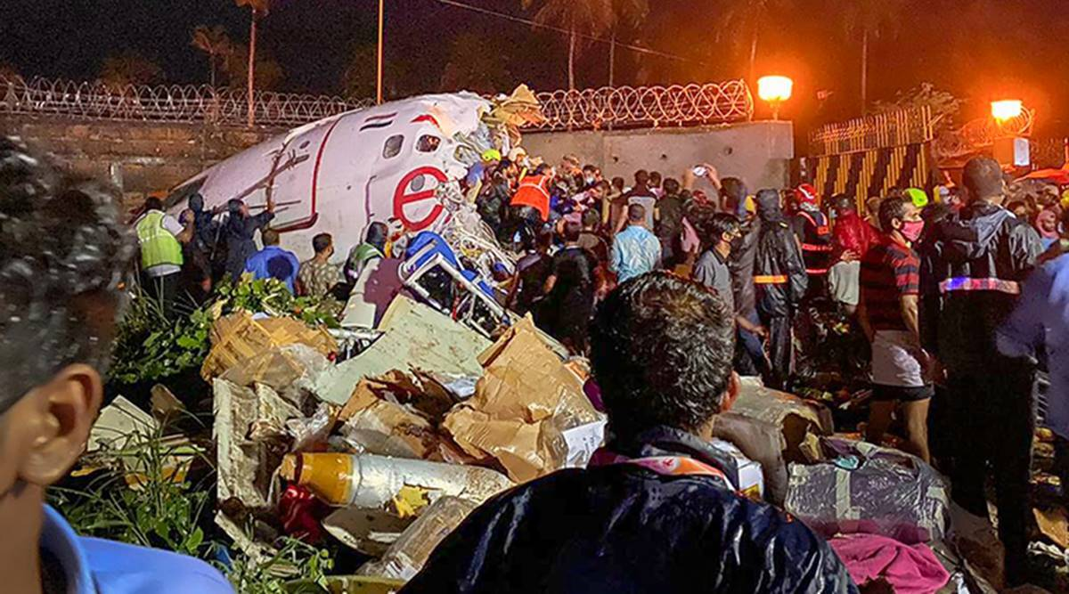 kerala air crash, kerala plane crashlanding, kozhikode airport plane skid off, kerala tabletop airport