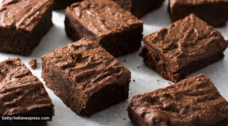 Enjoy these healthy keto brownies which only take a minute to make