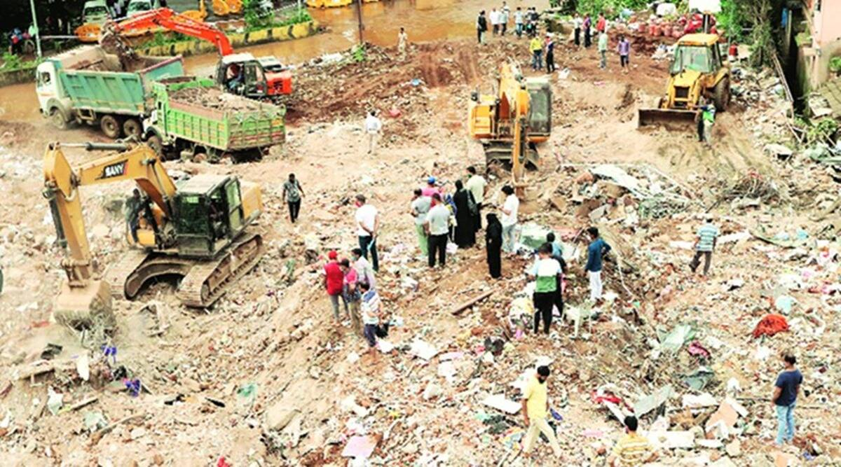 mahad building collapse, mahad building collapse deaths, mahad builidng collpase rescue, ndrf, indian express news