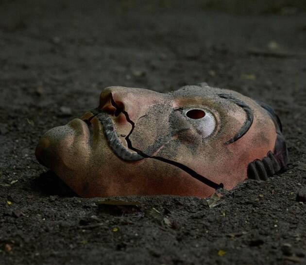 money heist deli mask