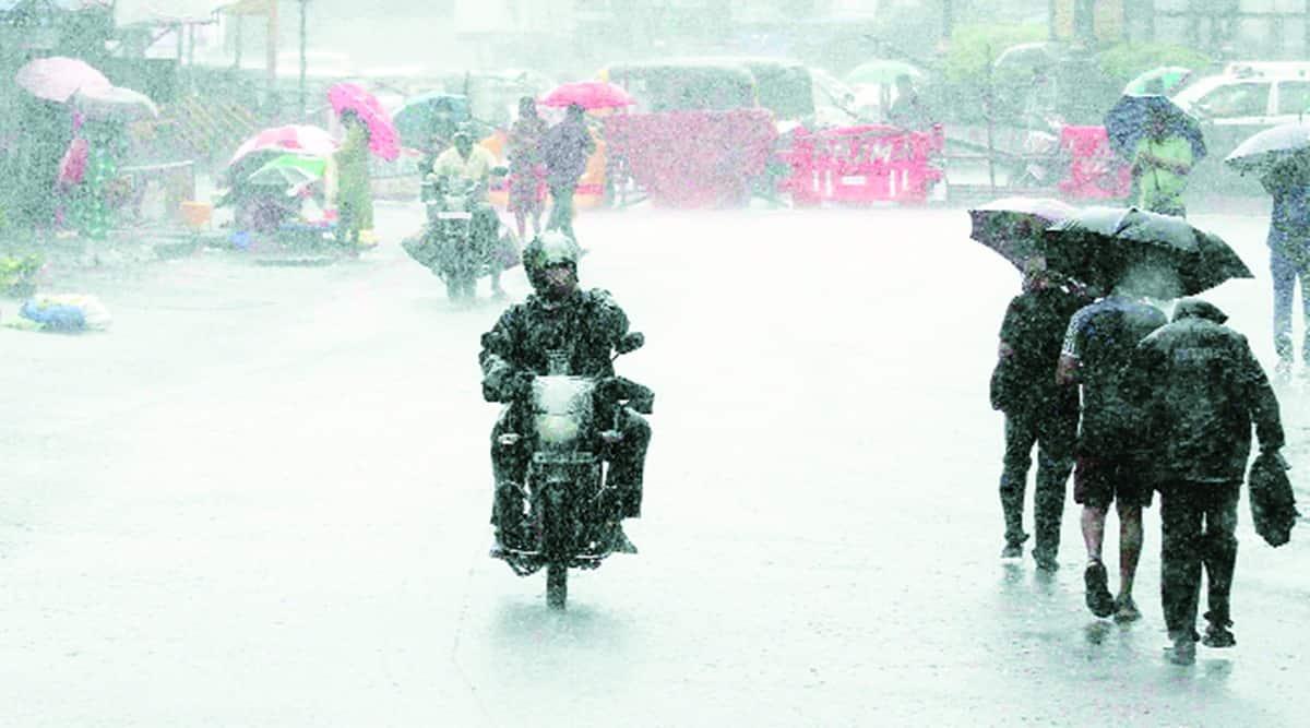 mumbai rains, mumbai floods, mumbai rainfall, mumbai monsoon, mumbai weather today, mumbai rain alert, mumbai imd, mumbai city news