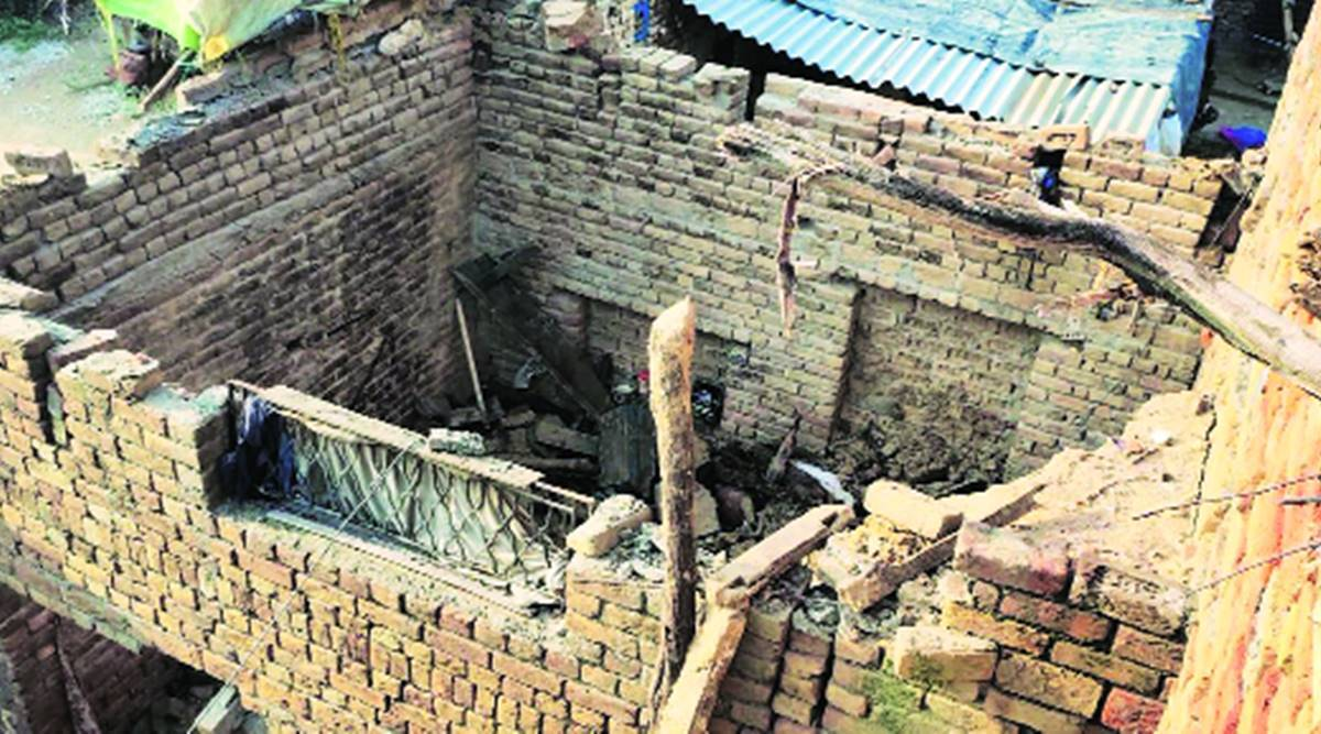 Roof collapse, two kids dead, Abohar news, Punjab news, Indian express news