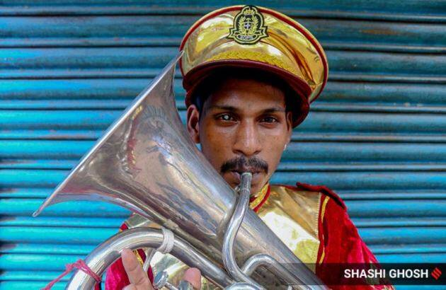 kolkata music bands, kolkata coronavirus cases, west bengal lockdown, mahatma gandhi road, coronavirus pandemic, kolkata photos, indian express