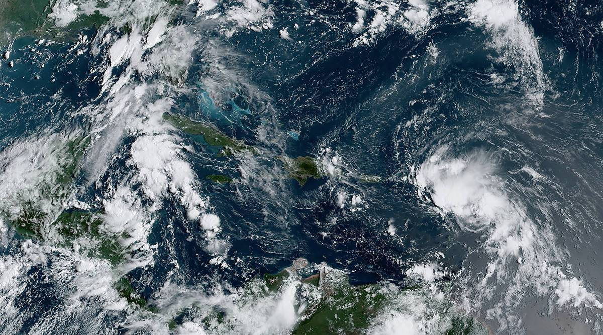 Hurricane laura, Hurricane Laura latest update, Louisiana and Texas residents, world news, Indian express