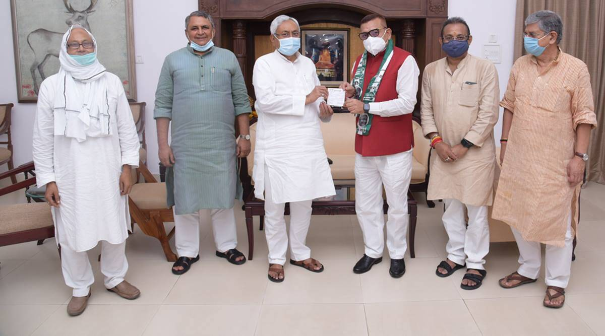Gupteshwar Pandey, Gupteshwar Pandey JDU, Gupteshwar Pandey Nitish Kumar, Bihar DGP, Nitish Kumar, BJP, Sushant Singh Rajput, Bihar assembly elections, Indian Express