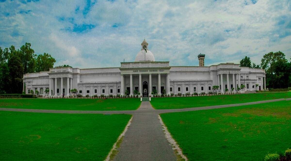 iit, iit mba, best mba colleges, iit roorkee, education news, college admission,