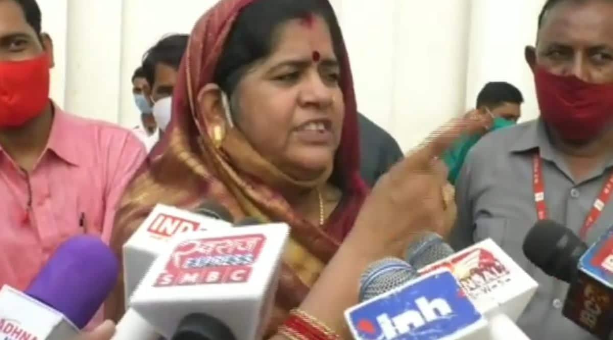 Madhya Pradesh Minister Imarti Devi gobar comment viral video, BJP Imarti Devi, trending, indian express, indian express news