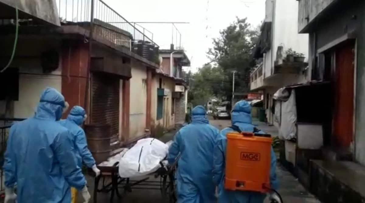 pune coronavirus latest updates, pune covid cases, pune covid deaths, pune man dies at home covid, pune covid hospitals, pune city news