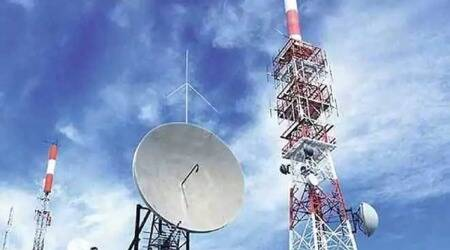 Department of Telecommunications, Dot, Telecom Regulatory Authority of India, licence fee of telcos, lowering licence fee of telcos, telcos licence fee, indian express news